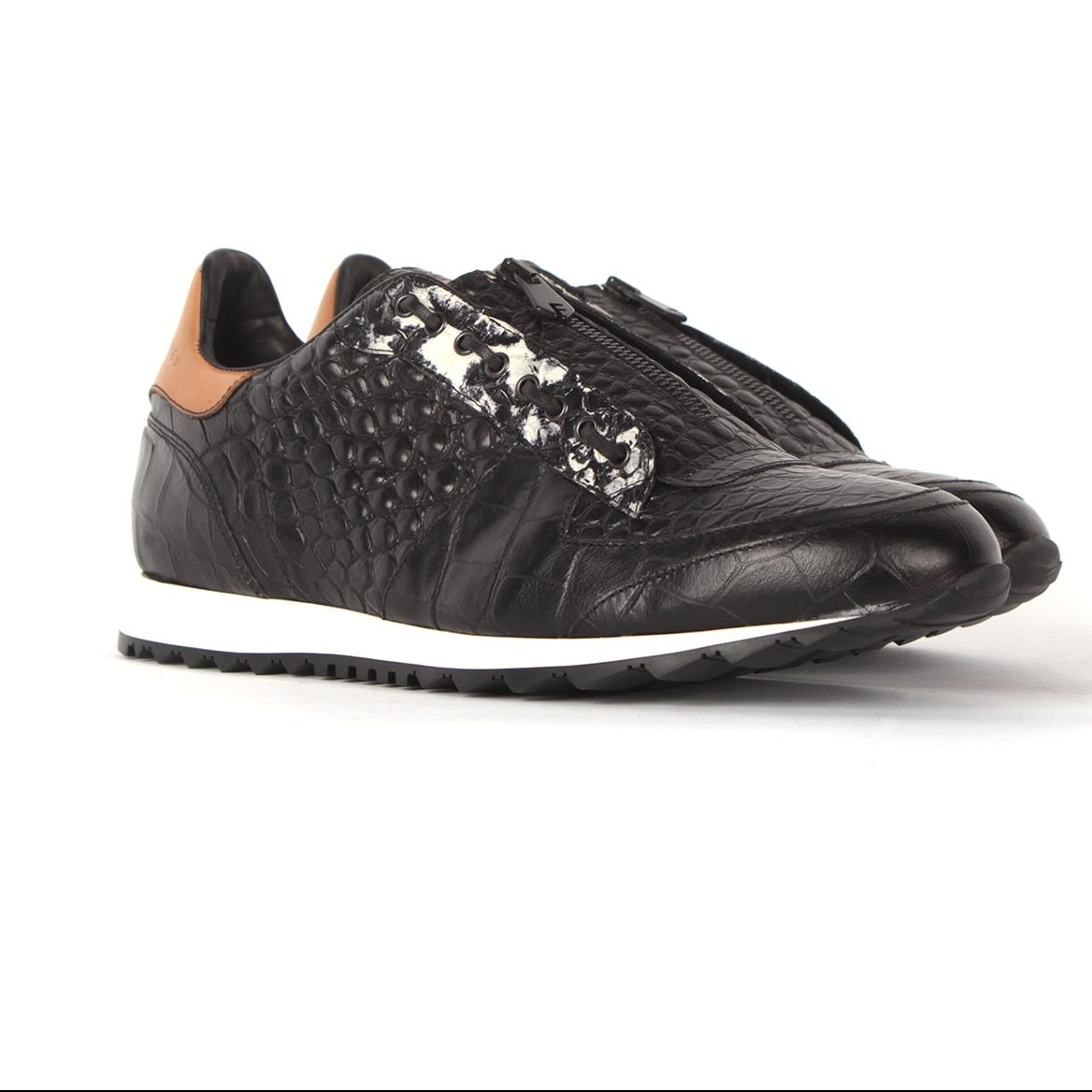 Handcrafted fashion runners for men