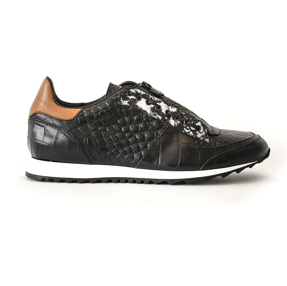 Black leather runner shoes for men