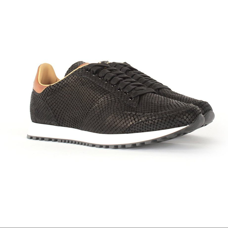 Handcrafted black leather shoes for men