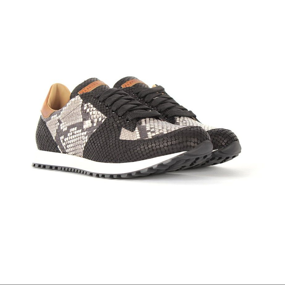 handcrafted fashion runner shoes