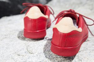 womens red shoes