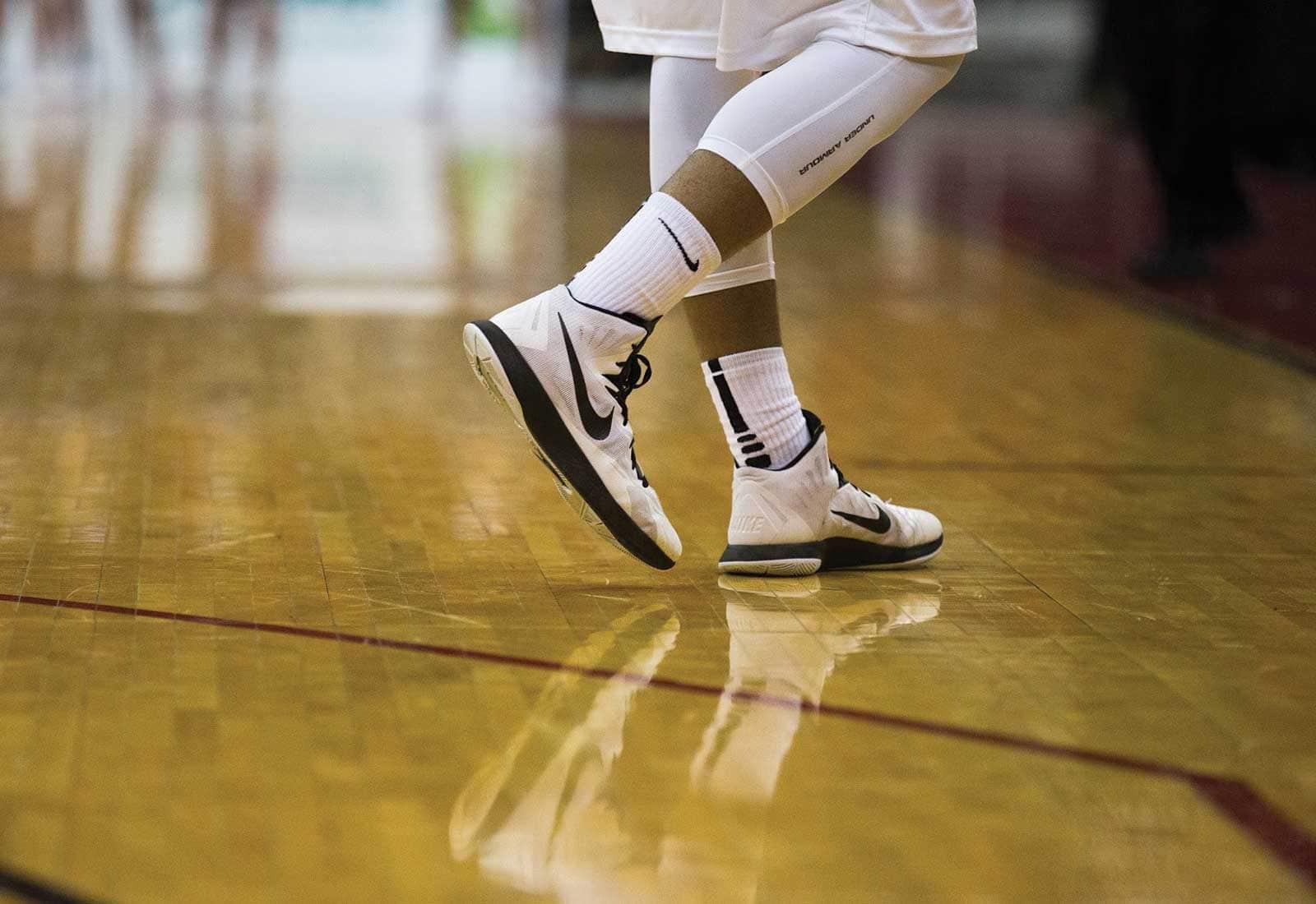 Mesh footwear